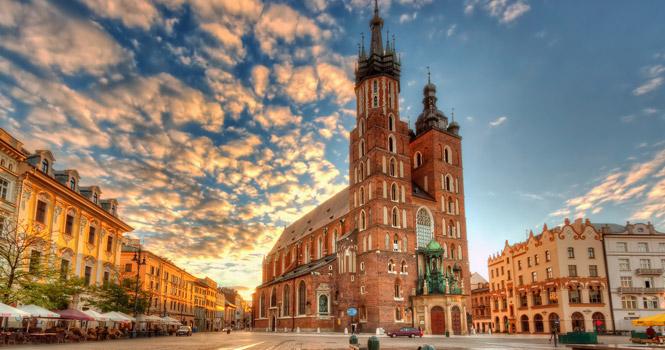 POLONIA – Cracovia