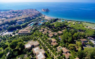 """Calabria """"Hotel Club Baia degli Dei""""  Le Castella (KR)"""
