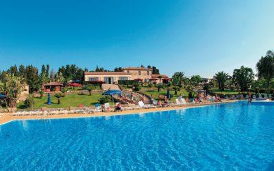"""Calabria """"Hotel Club Dolomiti sul Mare"""" Briatico (VV)"""