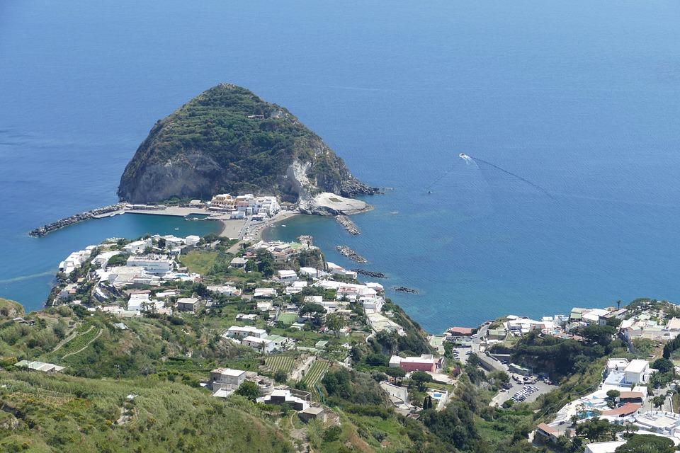 Napoli e Ischia 4 giorni/ 3 notti