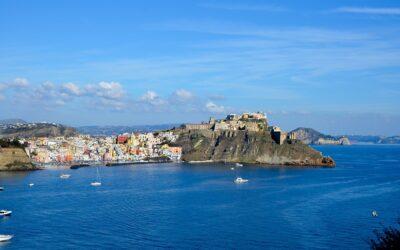 Napoli e Procida 4 giorni/ 3 notti